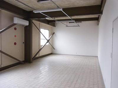 富山市問屋町 ワタゼンビル2階N